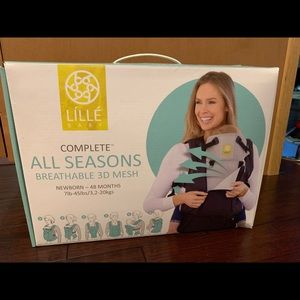 Lillebaby complete all-seasons baby carrier